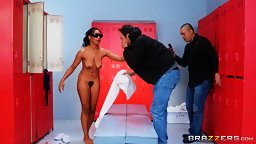 Ebony Trickster Stumbles on Big Wiener! D - HD